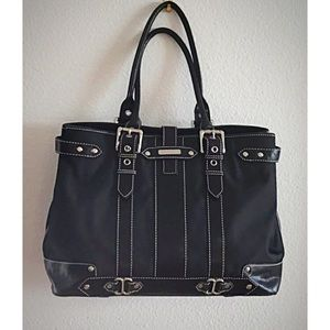 ISABELLA FIORE Three Compartment Shoulder Bag
